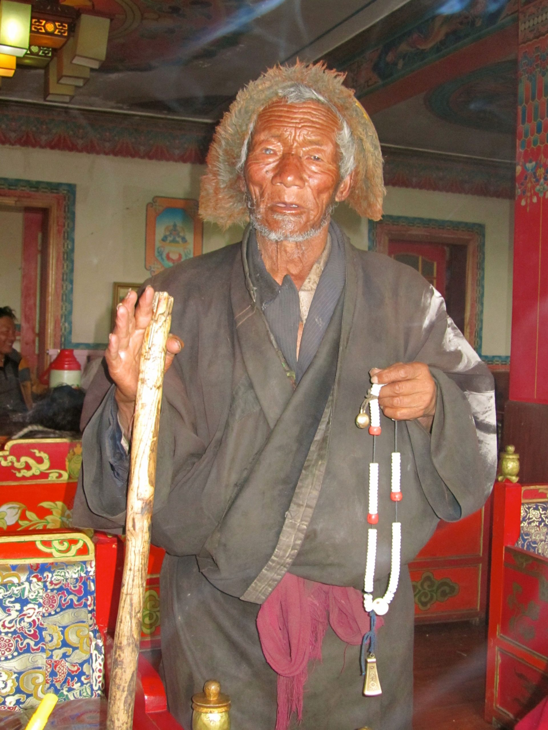 Blind pilgrim at Serxu monastery, Amdo