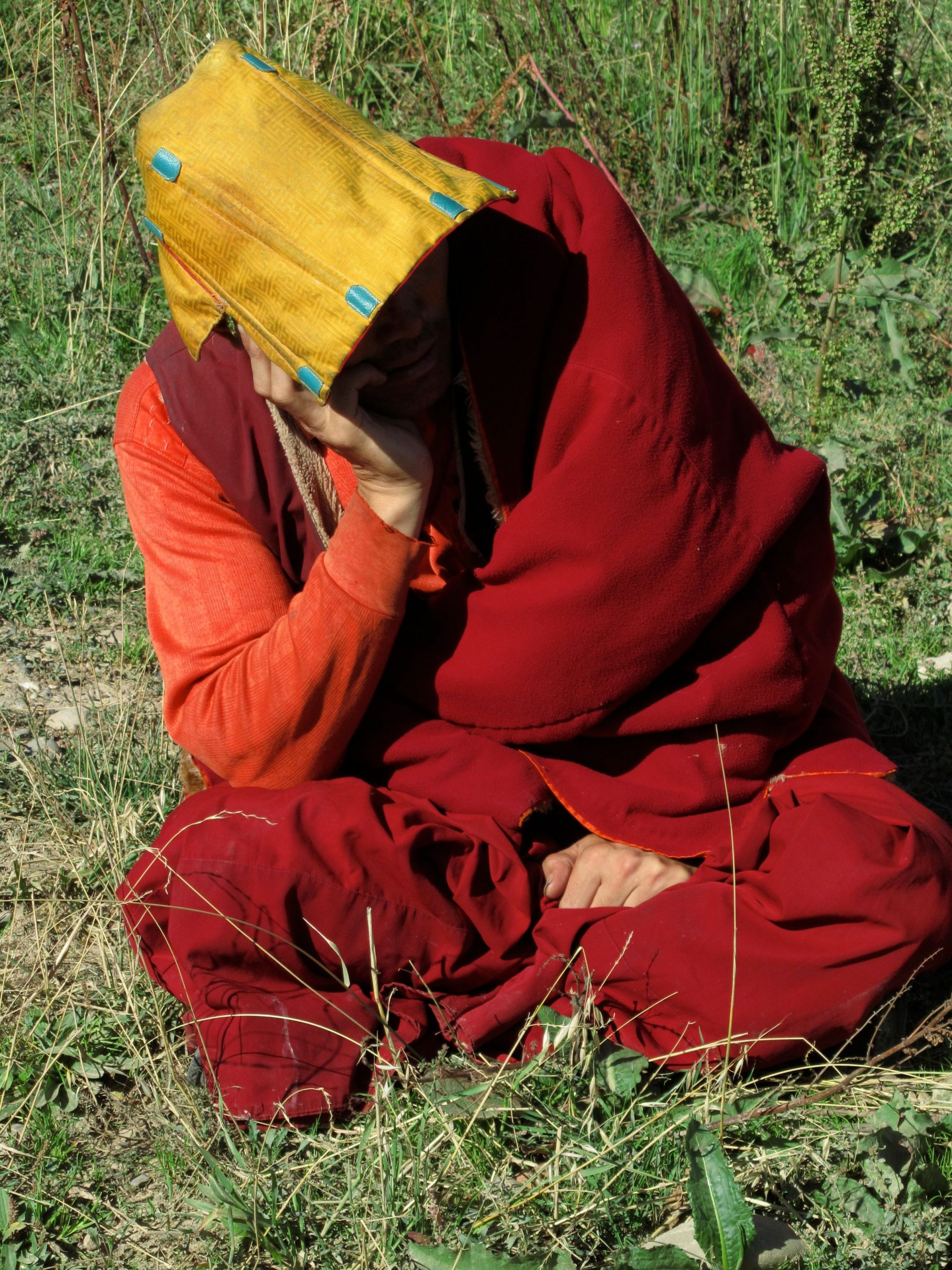 Tired monk, Kham